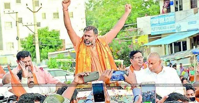 Swami Paripoornananda To Kick Start His Campaign For BJP Soon
