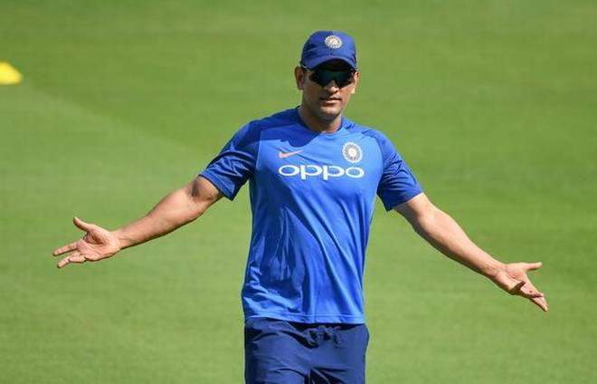 MSK Prasad,Sakshi dismissed the rumors about Dhoni's Retirement
