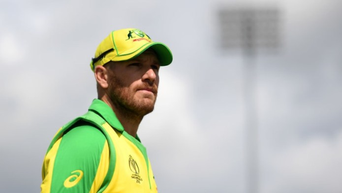 Victoria bring in concussion sub after Finch suffers blow to head