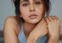 Rakul got a golden chance to give a comeback in Tollywood
