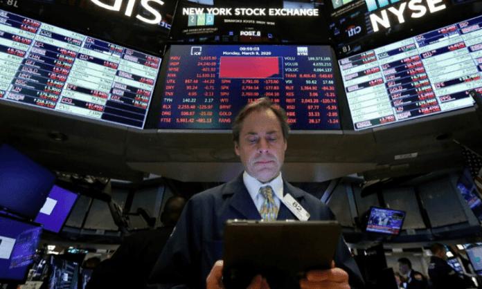 US stocks drop amid coronavirus concerns