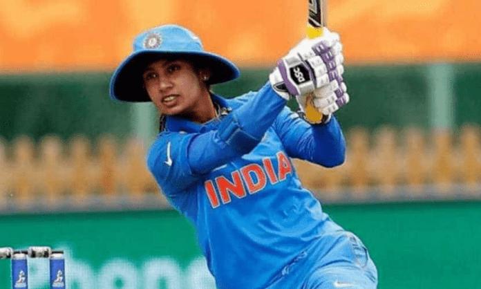Mithali Raj gets to 10,000 runs, tributes pour in