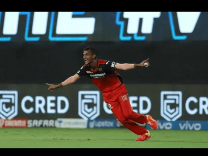 Spinner Ahmed unlikely hero in RCB's 6-run win over SRH