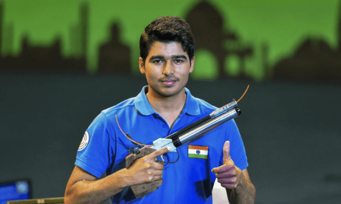 Was hoping for a medal from Saurabh, but he has a bright future: Vijay Kumar