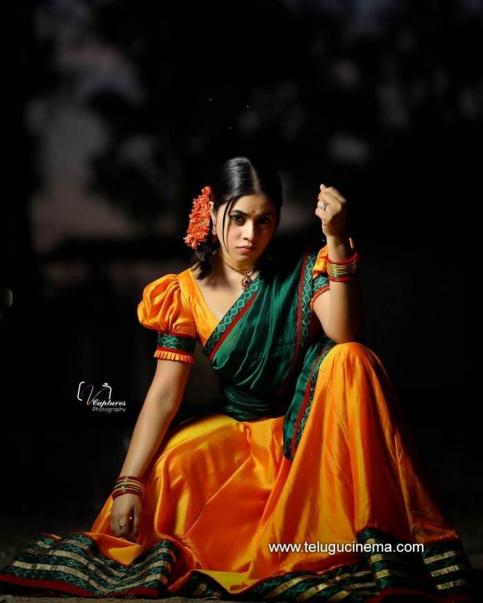 Photoshoot of Poorna in a half saree