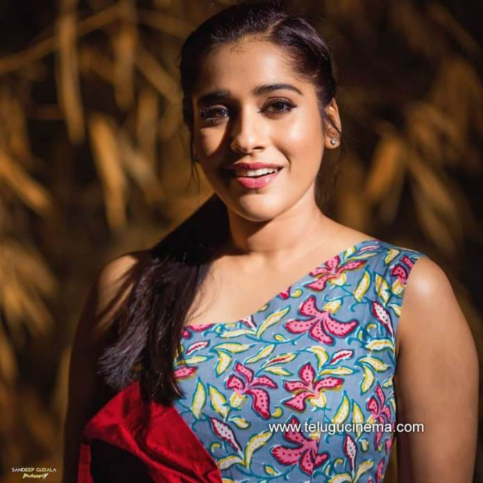 Ravishing Rashmi Gautam - New stills