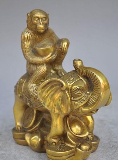 elephant and monkey4