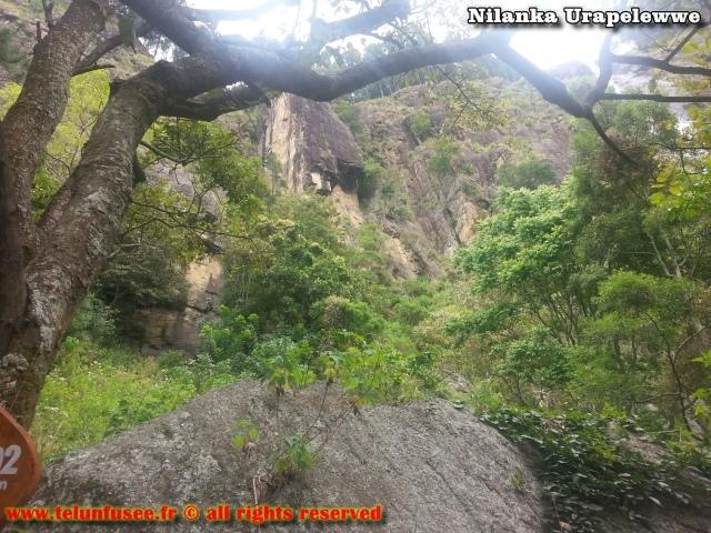 nilanka-urapelewwe-blog-voyage-sri-lanka-kalupahana-babarakande-falls-travel-blog-telunfusee-3