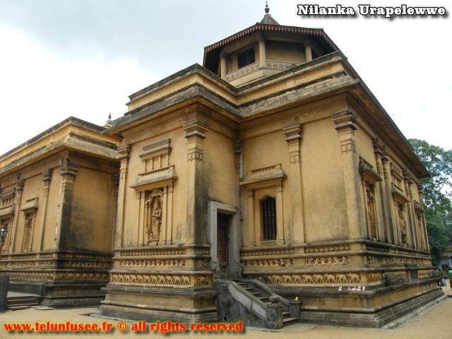 nilanka-urapelewwe-blog-voyage-sri-lanka-kelaniya-temple-travel-blog-telunfusee-16