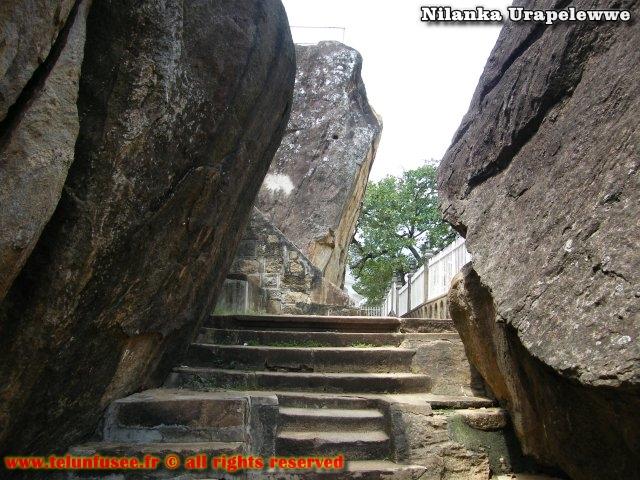 nilanka-urapelewwe-blog-voyage-sri-lanka-mihintale-travel-blog-telunfusee-2