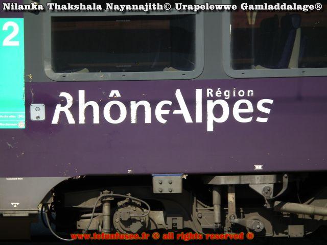 nilanka_urapelewwe_europe_train_ter_annecy_paris_lyon_travel_blog_telunfusee_2018-3