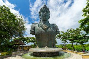 Patung Wisnu Lama