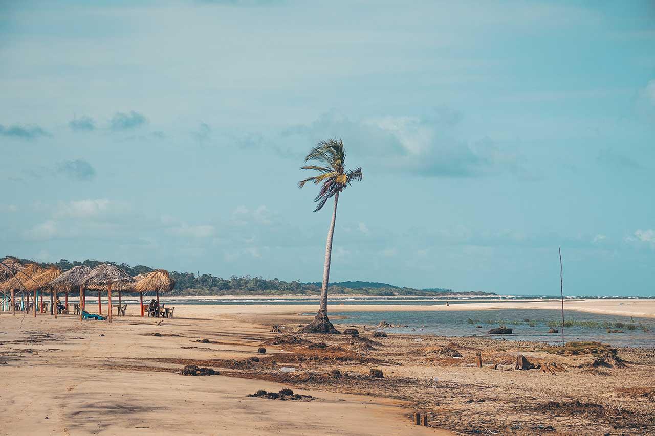 Praia do Pesqueiro - Soure, Ilha do Marajó