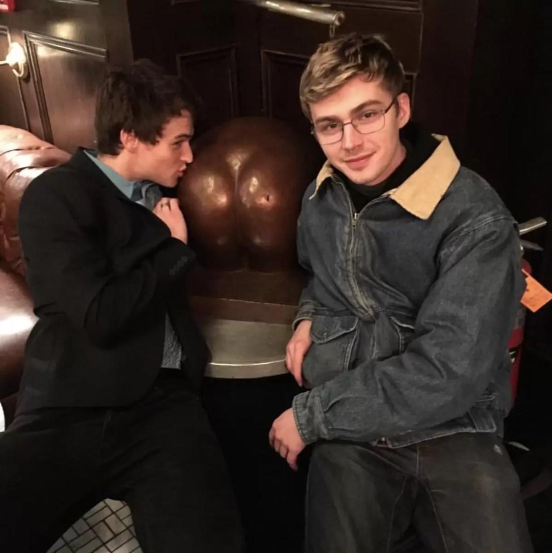 Brandon Flynn e Miles Heizer