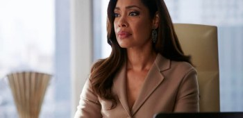 Jessica Pearson suits.jpg