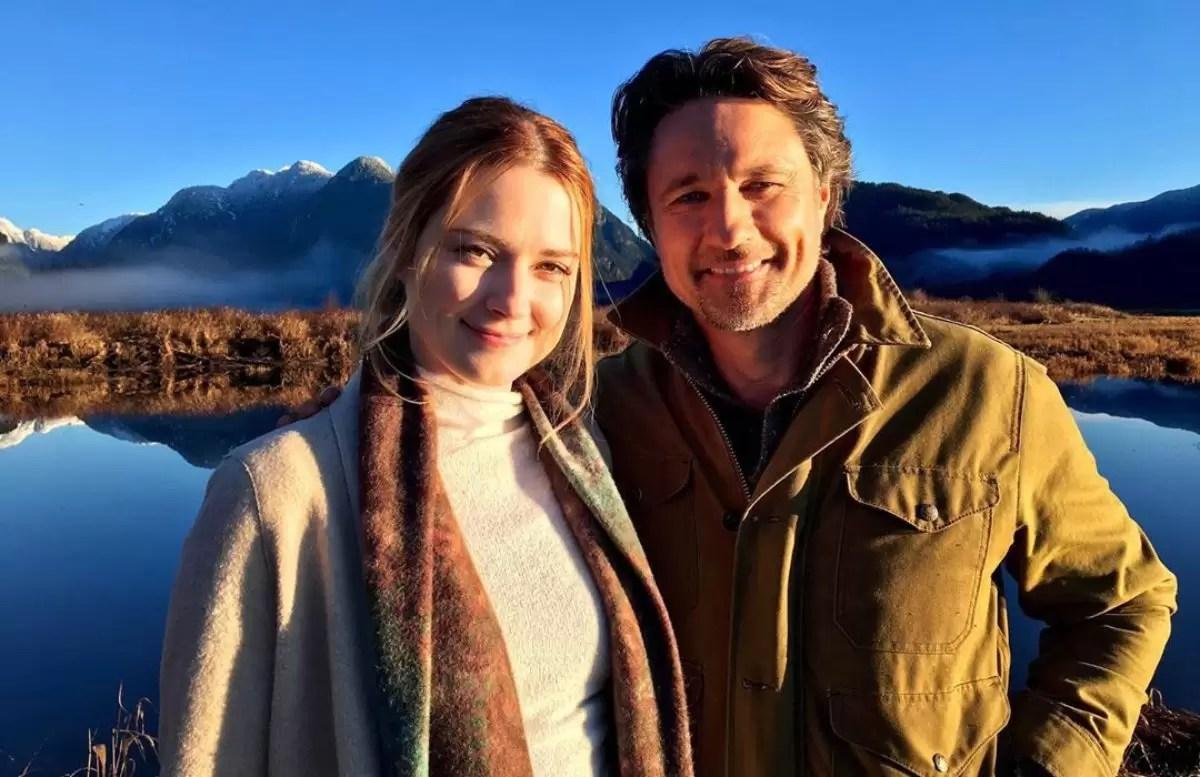 Mel e Jack ficarão juntos na 2ª temporada de Virgin River ou irão terminar  de vez?