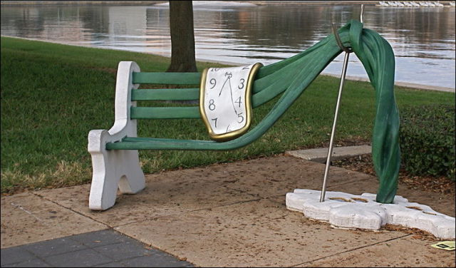 the_oddest_public_benches_in_the_world_640_26
