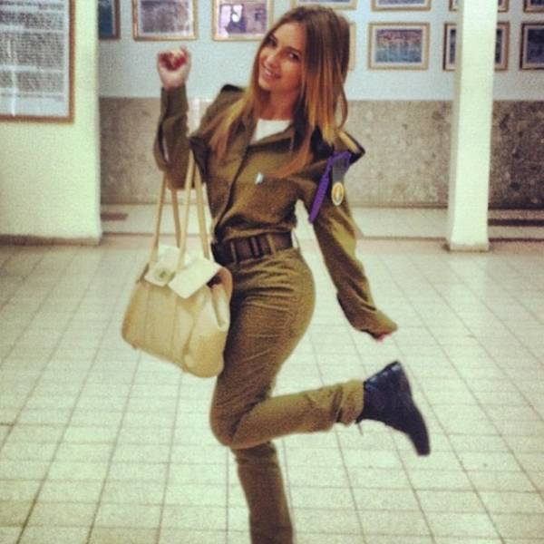 israeli_army_girls_that_are_real_beauties_in_uniform_640_22