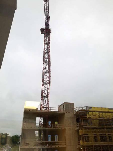 病室から見える建設現場にウォーリーの看板を作り毎日移動させた優しい作業員_08