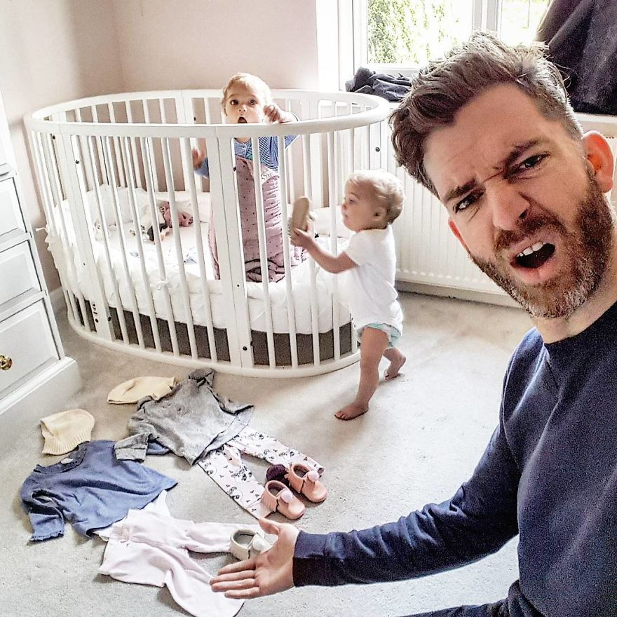 funny-parenting-reality-father-of-daughter-simon-hooper-5830a2e0ddc04__880