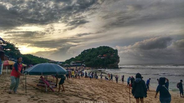Tempat Wisata di Pantai Indrayanti