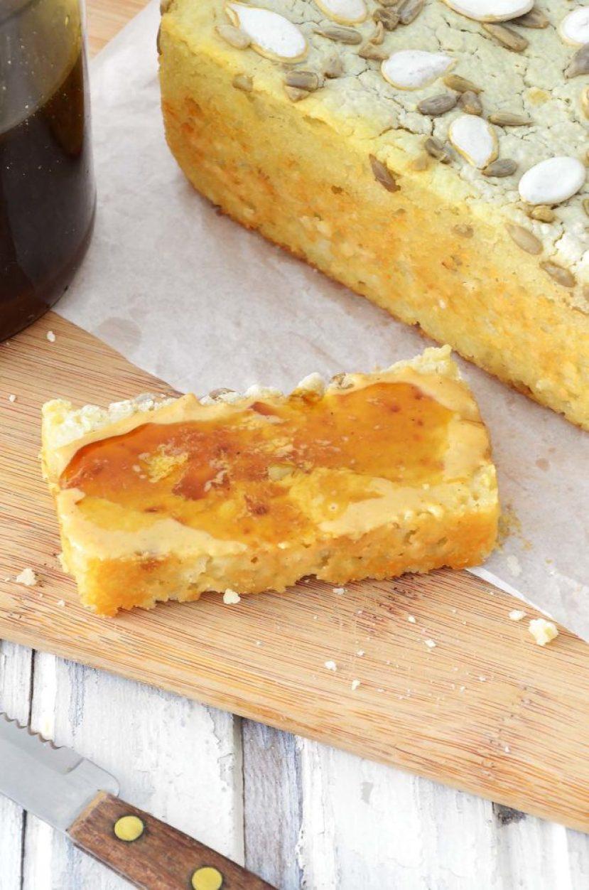 Pão com melado e tahine
