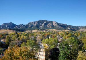 Boulder - FlatironsAutumn (WikiCommons)