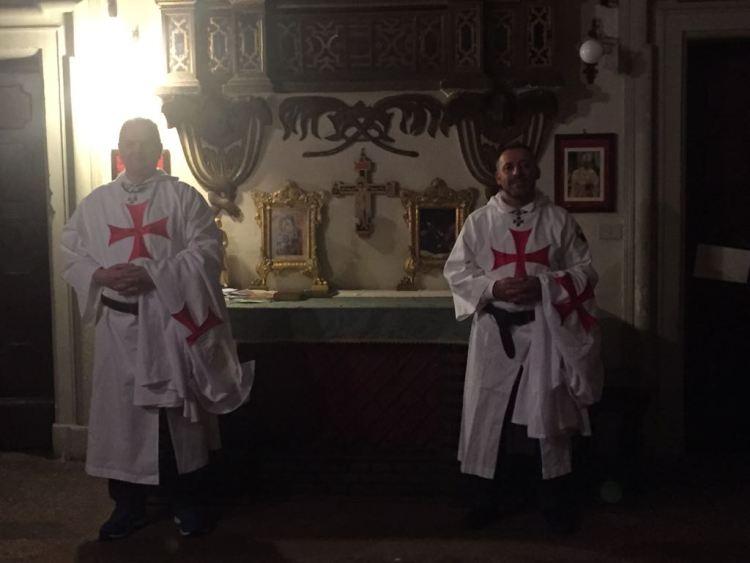 I Templari Cattolici d'Italia prestano servizio per la settimana santa a Bologna.