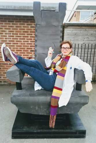 Lisa as Osgood just chillin