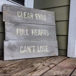 https://templeowlsarah.wordpress.com/2014/03/09/clear-eyes-full-hearts-cant-lose/
