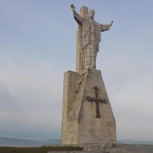 The statue of Jesus Christ on top of Mount Naranco(Credit to Sienna Vance)