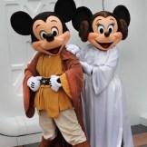 Star-Wars-Weekends-mickey-minnie