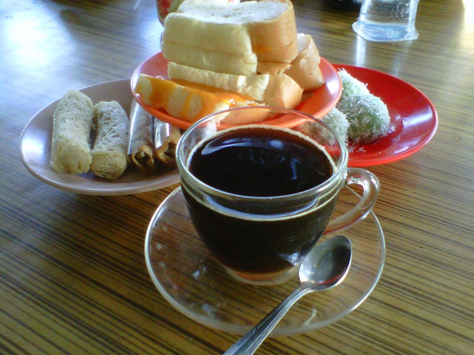 Kopi-dan-Roti-Sarikaya