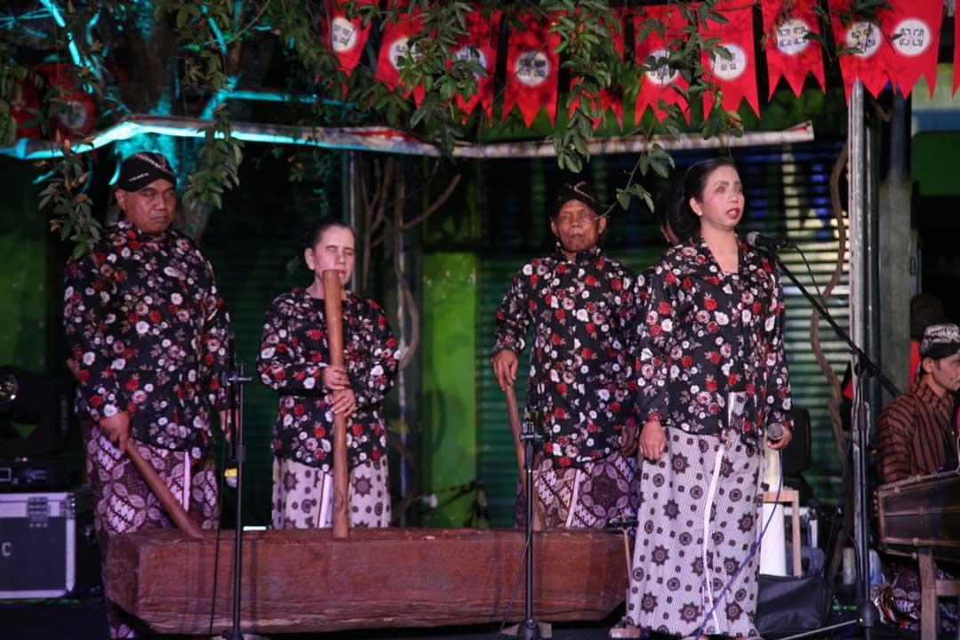 Pemusik Kelompok Ketoprak Distra Budaya di Pesta Rakyat Kampung Terban FKY 2019