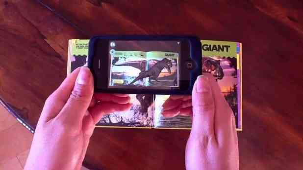 What Augmented Reality bring into reading activity?