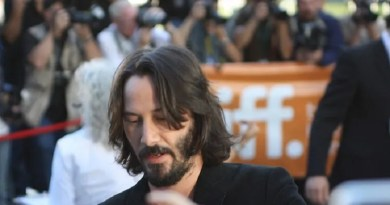 Keanu Reeves, John Wick, Marvel, Hollywood, star, Hugh Jackman, Wolverine, cinema, film, fan, Matrix, Roma, Italia, divo, Kim, parte, cuore, River Phoenix.