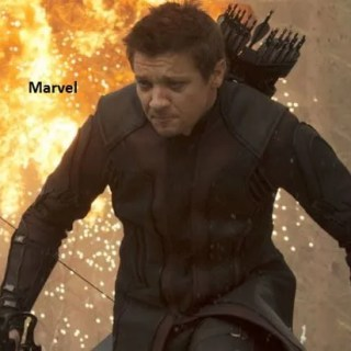 Marvel Sonni Pacheco attacca Jeremy Renner
