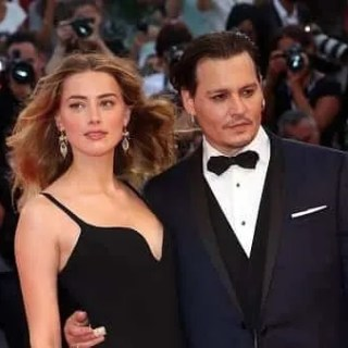 aquaman 2 fan johnny depp chiedono licenziamento amber heard