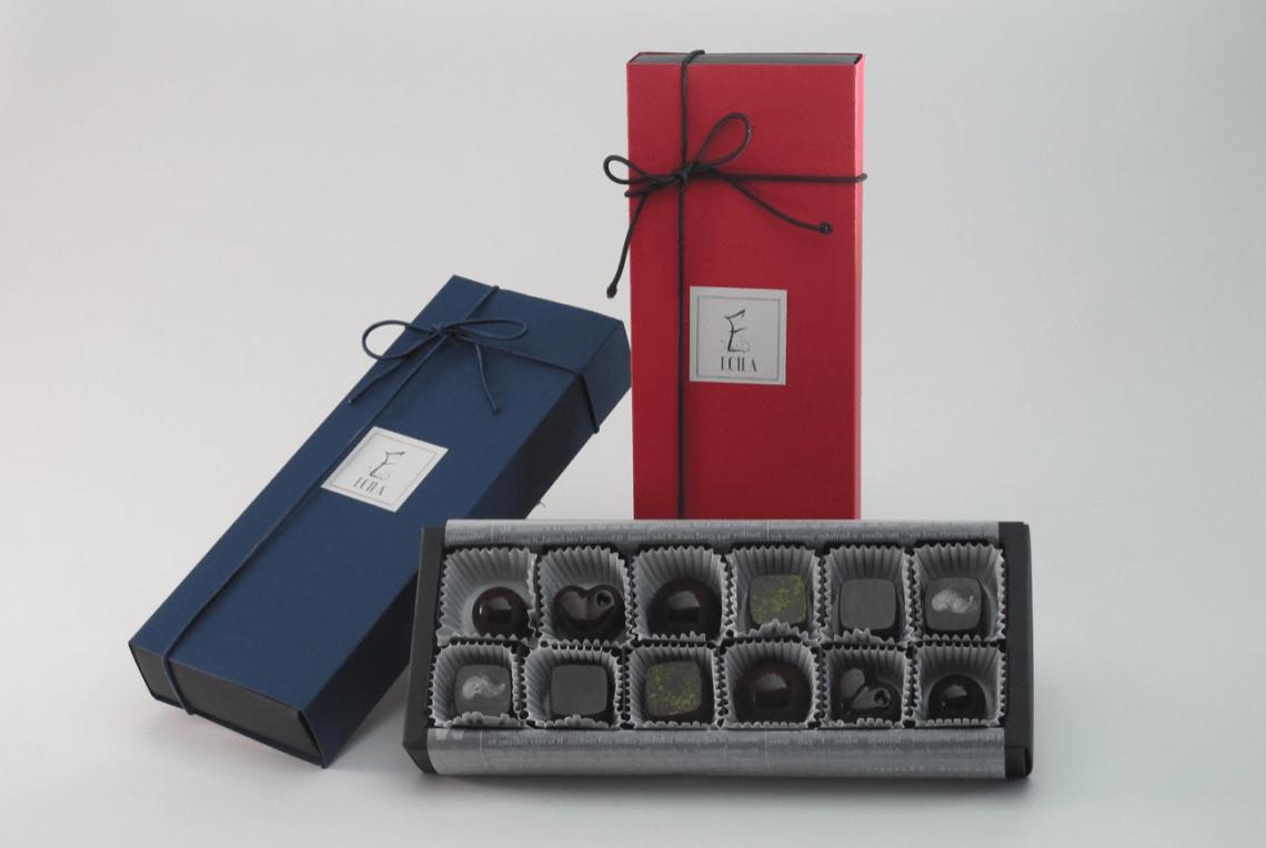 Sake chocolate comes in elegant packaging