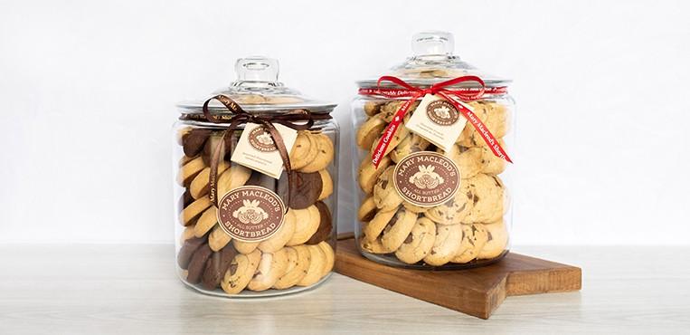 Mary Macleod shortbread cookie jar