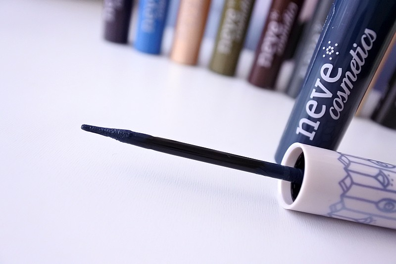 Ink Me Eyeliner neve cosmetics tendance clemence