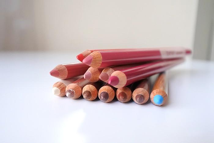 Les crayons Pastello de Neve Cosmetics tendance clémence blog beauté