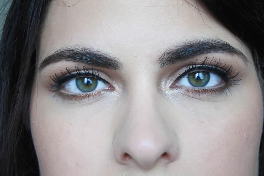 Mascara Mega Multiplier de Revlon tendance clémence