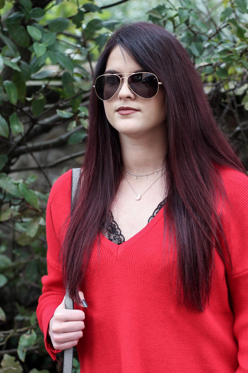 Look n°120 • Un pull rouge pour un style casual
