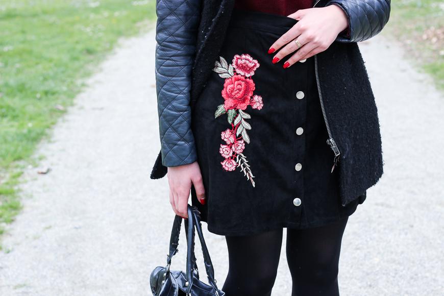 Look n°123 • La jupe brodée