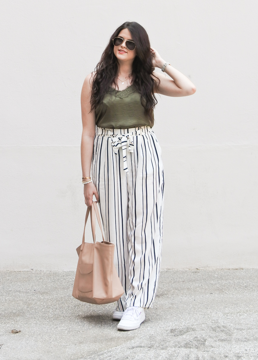 Look n°141 • Décontractée en pantalon loose
