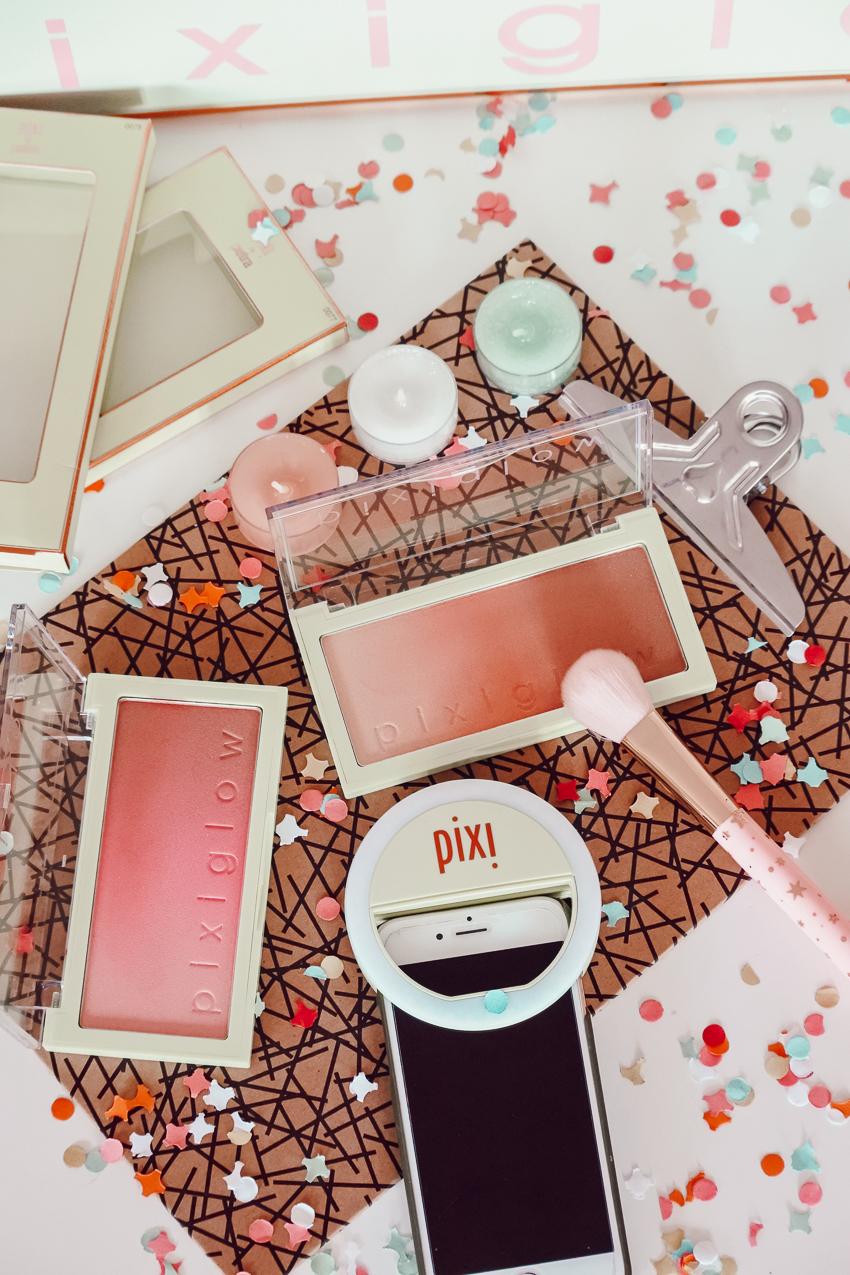 PixiGlow Cake les nouveaux blushs lumineux de Pixi Beauty