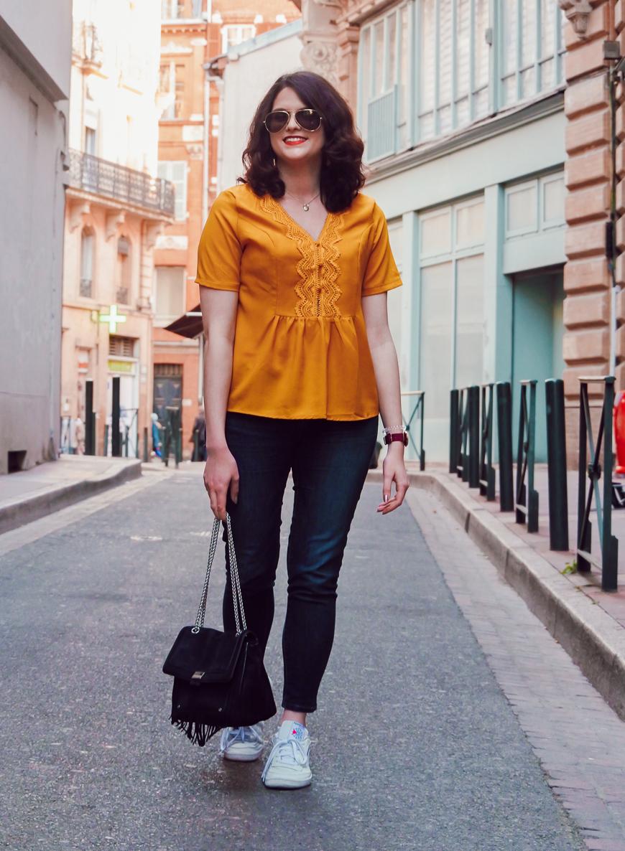 Look n°170 • Une blouse moutarde pour donner bonne mine