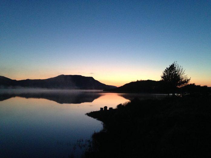sunrise lac du connemara