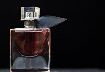 Trucos para que un perfume dure todo el día